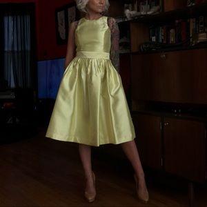 Isaac Mizrahi Dresses - New with tags Isaac Mizrahi Satin Pockets Dress